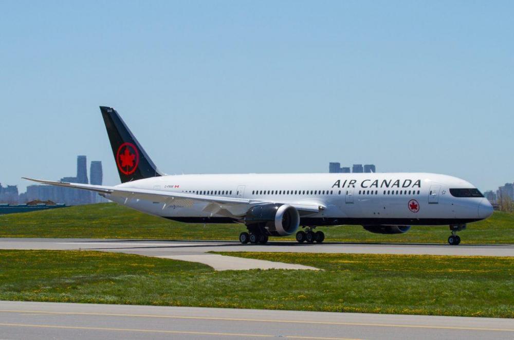 Air Canada Boeing 787-9.jpg
