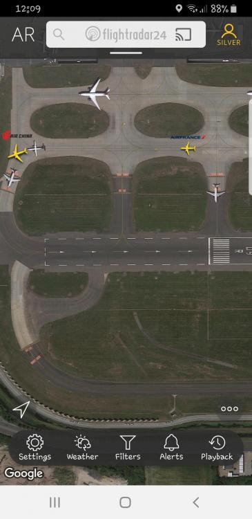 Screenshot_20201213-120940_Flightradar24.jpg